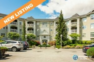 MUST SEE unit in highly sought-after IVY LEA! 2 bed/2 bath unit