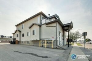 Excellent investment, 6 unit residential/commercial