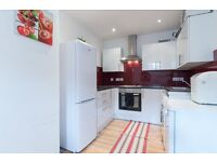 Amazing recently refurbished modern 2 bedroom flat located in West Norwood. Water rates included.