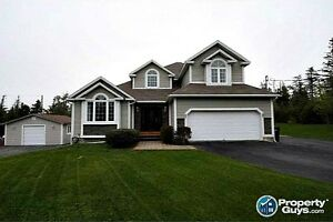 Executive 5 bed/4 bath home on 1 acre.