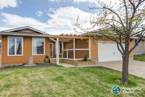 For Sale 311 Frontenac Avenue NW, Turner Valley, AB