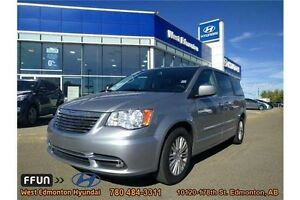 2015 Chrysler Town & Country Leather DVD Navigation Sunroof