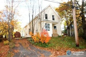 NG - Centrally located 3 bed century home with lots of charm!
