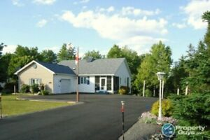 Bible Hill: Efficient 2 bed/2 bath home with lots of extras!
