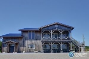Approx 17 acres, zoned mixed, oceanfront, commercial bldg