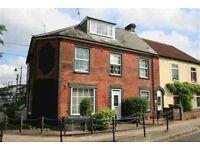 Beautiful, refurbished ground floor studio apartment to rent in Netley Abbey