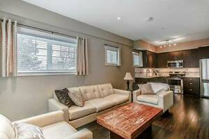 DOWNTOWN NEW WEST LUXURY TOWNHOUSE WITH 3 BEDROOMS