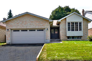 Absolutely Gorgeous Bungalow In Pickering!!