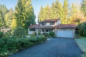 Gorgeous Home in Cypress Park Estates (West Vancouver)