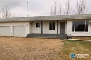 Situated on 3 acres there is plenty of room for the whole family
