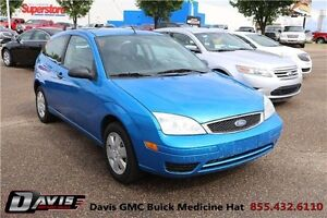 2007 Ford Focus SE CD/MP3 Player! Manual transmission!