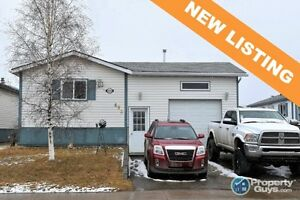 NEW LISTING! Pristine, well cared for, updated 3 bed/2 bath