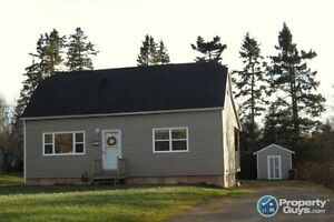Sweet property on a large country lot in Valley. Lots of updates