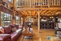 Spectacular log home in Gull Pond!!