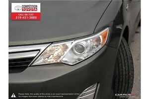 2012 Toyota Camry Hybrid XLE One Owner, No Accidents, Toyota... London Ontario image 10