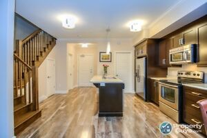 Sensational 2 level 2 Bed Corner Unit Condo. Agents @ 3%