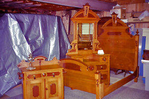 3-PIECE VICTORIAN BEDROOM SUITE