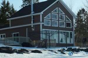 WaterFront* Gorgeous OpenConcept with Loft Home on the Water!!