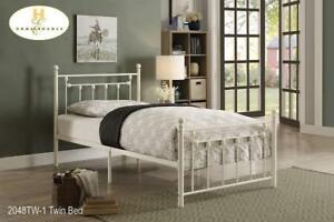 Single White Metal Bed on Cheap Price (BD-2335)