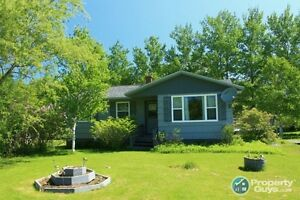 Grantville - 3 Bed bungalow, 10 mins from Port Hawkesbury.