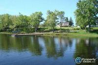UPPER GAGETOWN NB - WATER Front House on St. John River