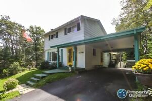 Fantastic Fall River 3 bdrm/3 bath, central to amenities
