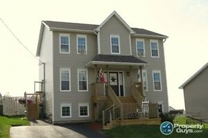 Stunning 5 Bed/4 Bath, 3 fully finished levels, fenced yard.