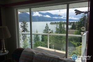 Waterfront family home in Kaslo BC 197716