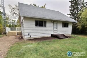 Newly renovated, 4 bed home mins to Marwayne