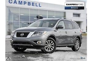 2016 Nissan Pathfinder SV AWD-PRICED FOR IMMEDIATE SALE
