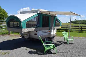 2006 Viking 1796S Tent Trailer in Excellent Condition