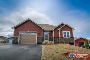 Fantastic, fully finished 4 bed/3 bath bungalow