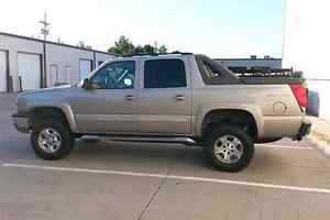Looking for chevrolet Avalanche or cadillac EXT