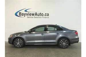 2013 Volkswagen JETTA HIGHLINE- 5 SPD! SUNROOF! HEATED LEATHER!