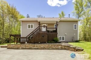 Grand Lake beauty! Well cared for 4 bdrm, 2 bath