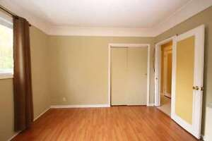 Room for rent downtown, July 1st