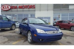 2005 Ford Focus ZX5 Heated Seats!