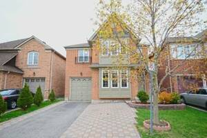 DETACHED 4 BEDROOMS FULL HOUSE FOR RENT IN AJAX