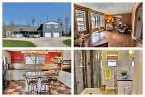 Updated Country Home 23109 Springfield rd in Oakbank