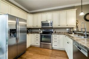 Gorgeous 2+1 Bed with In-Law Suite, South Barrie