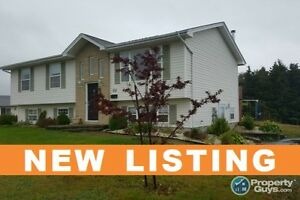 NEW LISTING! Large Lot, 4 bed, bsmt walkout.