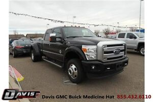 2015 Ford F-350 Dually! Leather! Navigation! Heated seats!