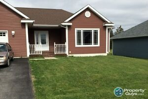 One level living at its finest. Fenced back yard, appliances in