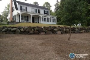 WATERFRONT! Most exclusive lane in the heart of Rothesay