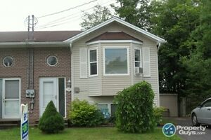 Elmsdale - 3 Bed Split Entry Semi in Elmwood S/D