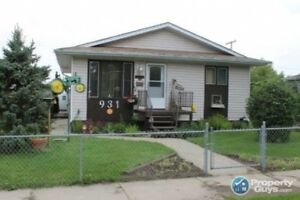 Updated, Fully Developed 4 bed/2 bath Bungalow