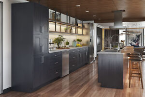 Charcoal Grey Step Shaker solid wood kitchen on Promotion now!!