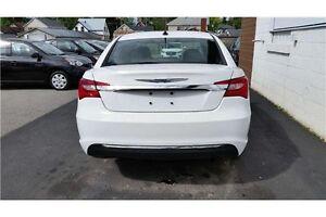 2014 Chrysler 200 Touring Kingston Kingston Area image 4