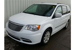 2016 Chrysler Town & Country Limited LOADED LIMITED EDITION W...