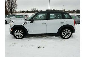2012 Mini Cooper S Countryman ALL 4 !!!  ACCIDENT FREE !!! LE... Kitchener / Waterloo Kitchener Area image 2
